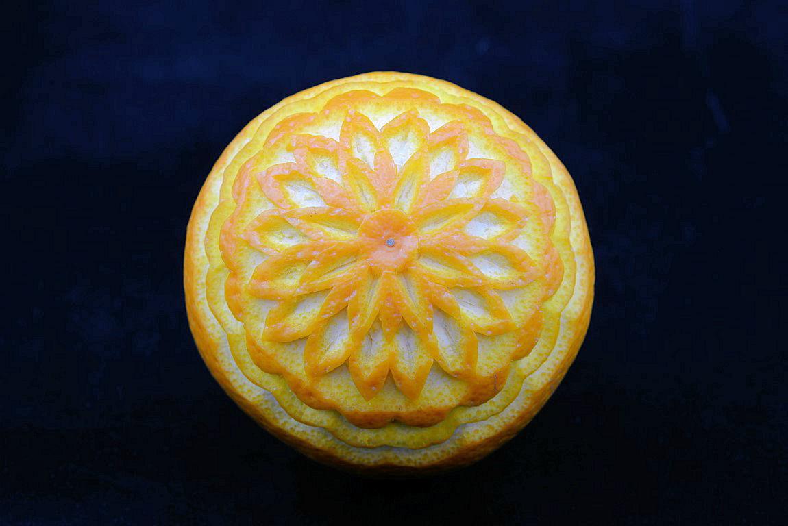 Arancia scolpita